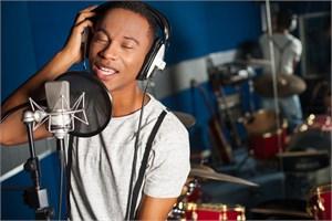 Певцы, певицы, вокалисты