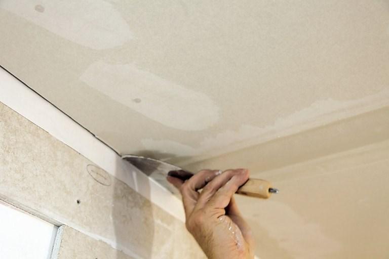 Финишная штукатурка потолка из гипсокартона своими руками