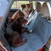 Непромокаемая накидка-чехол в машину для перевозки собак