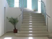 Комплексная уборка торговых и коммерческий помещений лестницы за м2