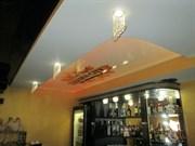 Натяжной потолок Бельгия 2,7-3,2 глянец/матовый/сатин/ цветной от 6 м кв и более  с пластиковым багетом