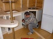 Сборка трех модулей кухни